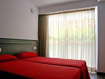 Park Suites Salou Apt (Ex. Central Park Apt)