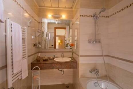 Ranieri Hotel