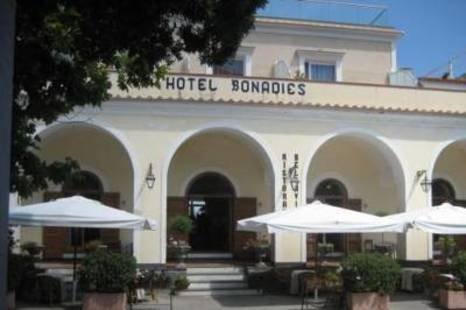 Bonadies Hotel