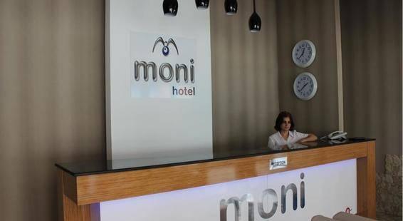 Moni Hotel