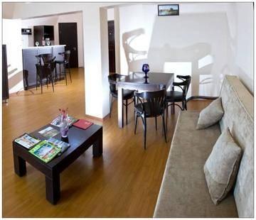 Mgzavrebi Hotel