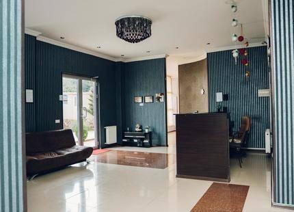 Like Hotel