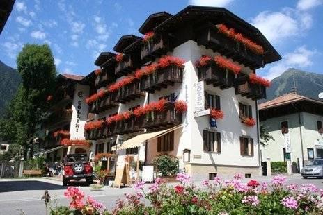 Collini Hotel