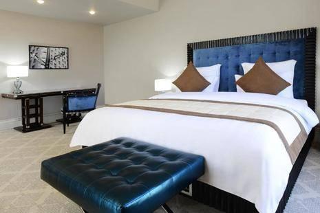 Ambassadori Hotel