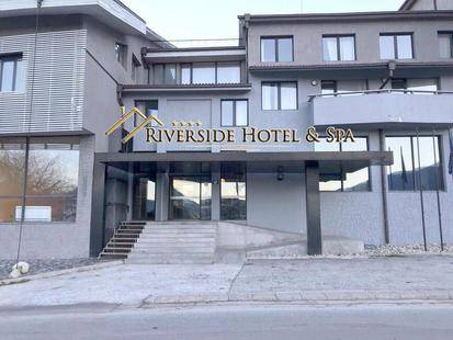 Riverside Hotel (Ex Villa Roka)