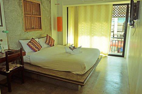 Bangphu Inn
