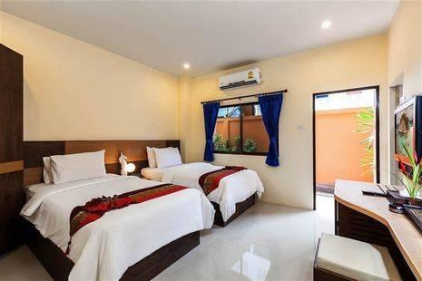 Dolphin Hotel Phuket