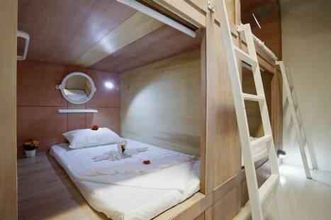 Capsule Hotel & Sauna