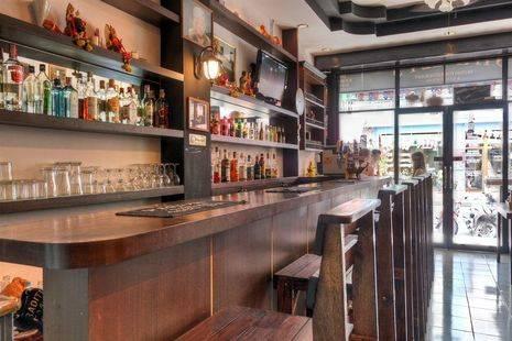 Stanley's Guesthouse & Pub