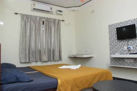 Silver Lining Guest House