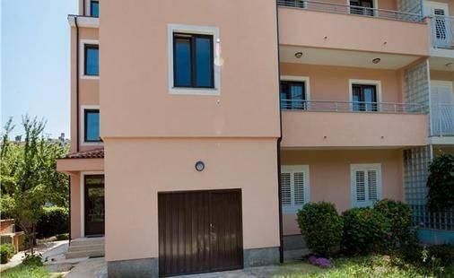Irena Private Apartment