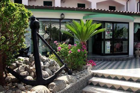 Marinella Hotel
