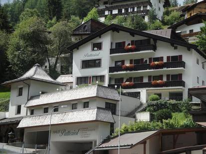 Garni Patteriol Hotel