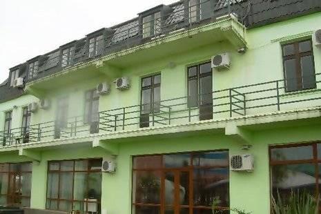 Adeli Hotel