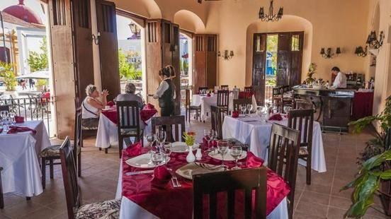 E Camino De Hierro Hotel