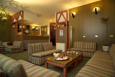 Johnny Hotel