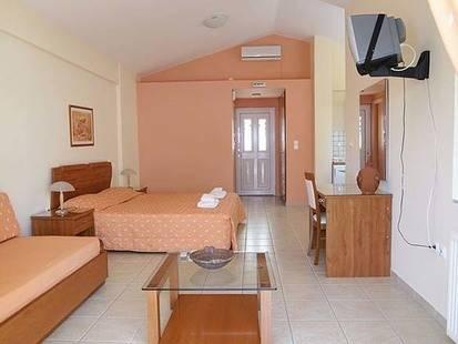 Niriides Apartments