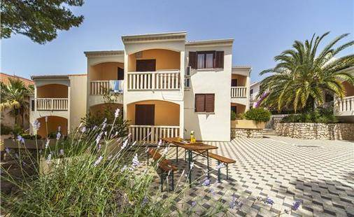 Beach Apartments Lavica
