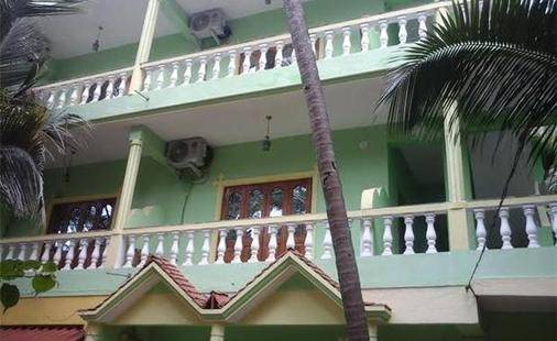 Leela Inn Hotel