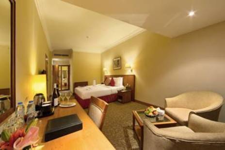 Sun & Sky Al Rigga Hotel