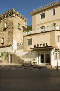 Torre Di Milo Hotel