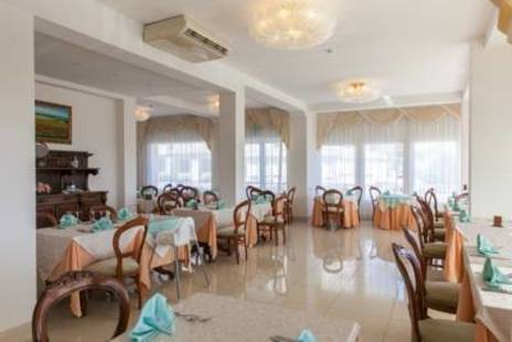 Dea Hotel