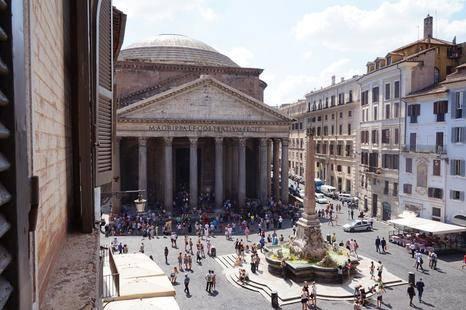 Sole Al Pantheon Hotel