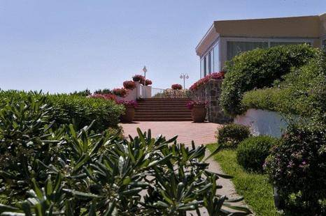 Villa Ireos