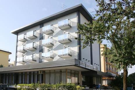 Domingo Hotel