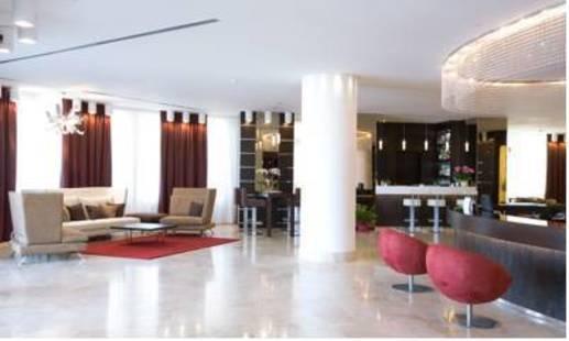 Laguna Palace Hotel