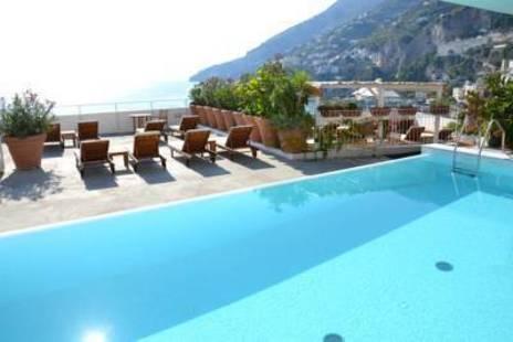 Marina Riviera Hotel
