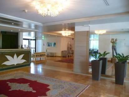 Marina Uno Hotel