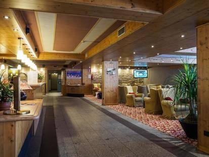 Piandineve Hotel