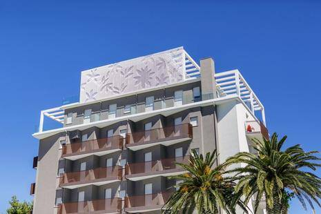 Bernard Hotel