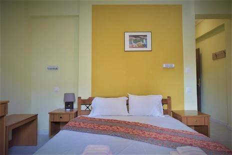 Dionisos Apartments Dionissiou Beach
