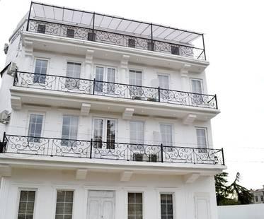 Акуа Отель