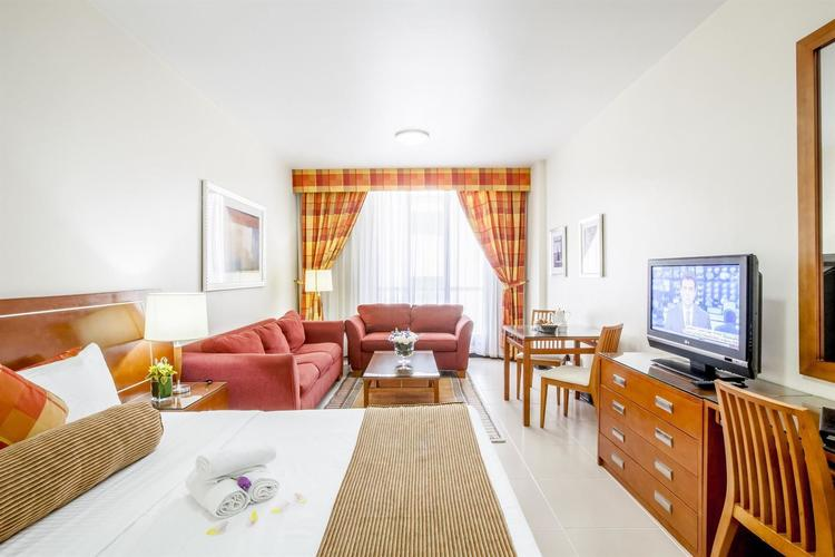 Golden Sands Hotel Apartment - 5