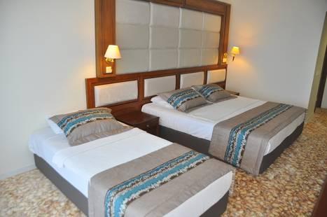 Grand Sahin's Hotel