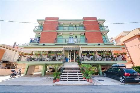 Kariba Hotel