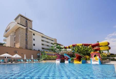 Crystal Waterworld Park Resort & Spa