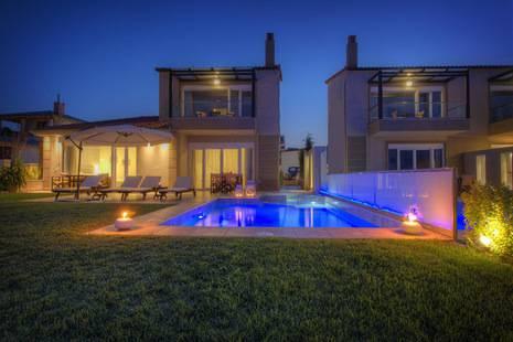 Grande Villa In Chanioti