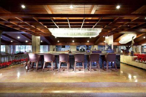 Dominican Fiesta Hotel & Casi