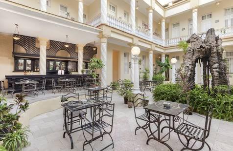 Hotel Colon Managed By Melia Hotels International