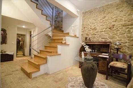 Artistic Villa In Athens