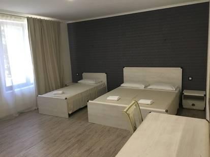 Отель Апра