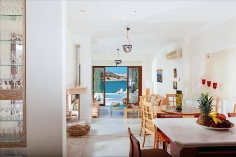 Beach Villa In Agios Nikolaos