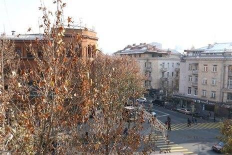 Mashtots Apartments