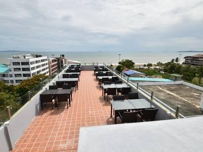 Golden Jomtien Beach Hotel