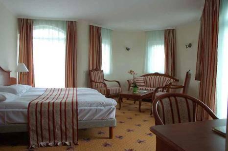 Sante Hotel