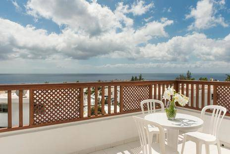 Vista Mar Apartments